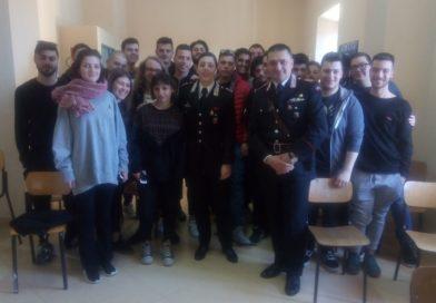 Ceprano – Sicurezza stradale: il tenente Tamara Nicolai illumina gli studenti