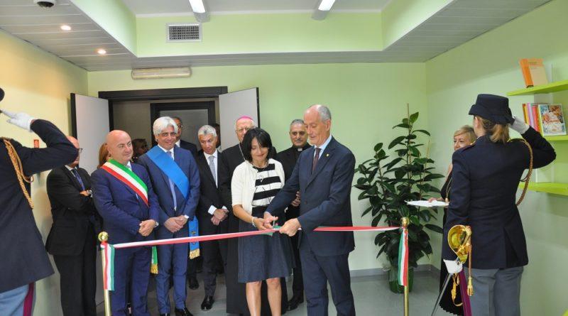 Frosinone – Inaugurazione della GREEN ROOM: benefattori locali condividono il progetto della Polizia di Stato