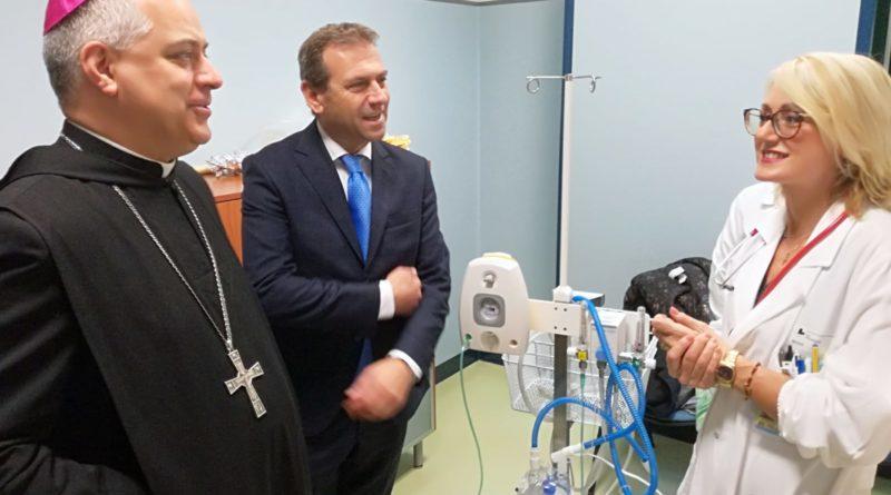 Cassino – Cosilam e Abbazia donano un rianimatore neonatale all'ospedale Santa Scolastica