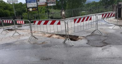 Pontecorvo – Si apre voragine sulla strada dopo i lavori alla condotta. Caos e circolazione bloccata